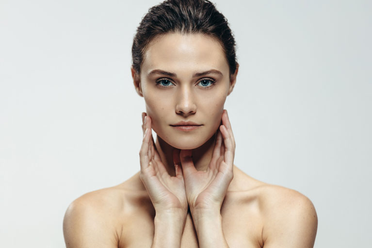 A women with V shape face